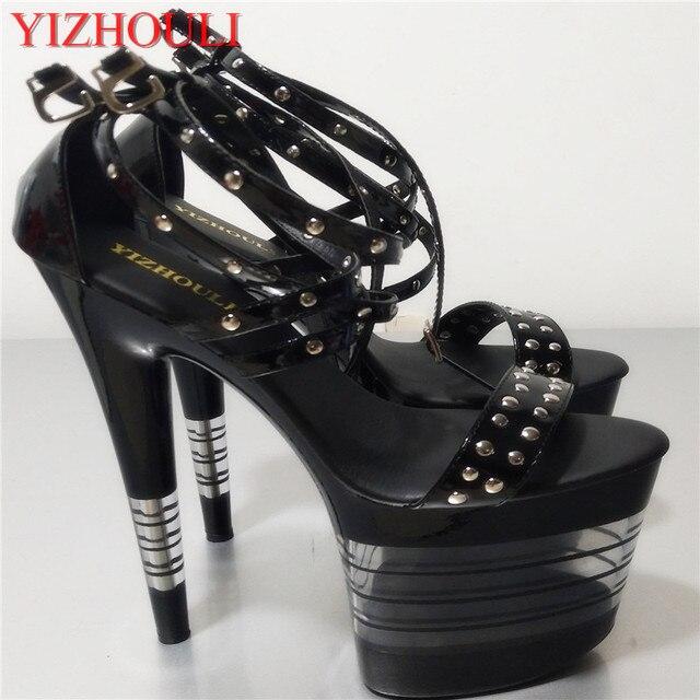 8 pulgadas mujeres plataforma exótica bailarina zapatos purpurina remaches  punk sandalias 20 cm hermosos tacones altos 6548879e276b