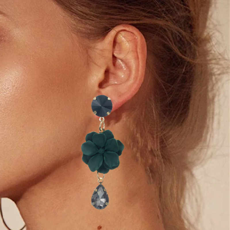 2018 Great Novelty Flower Earrings for Woman Earrings with hyperbole Fresh Flower Fashion Jewelry for Women