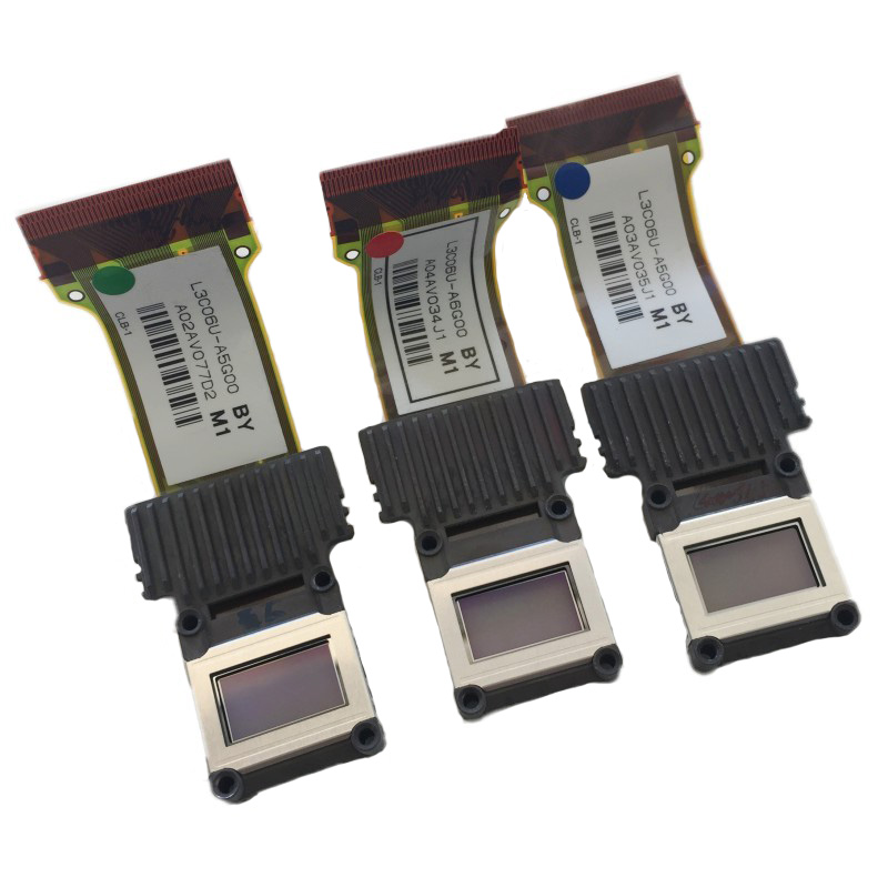 Original LCD Panel L3C06U A6G00 L3C06U A5G00 for Epson EH TW6500C/TW6000/TW5900 projector sell by one piece