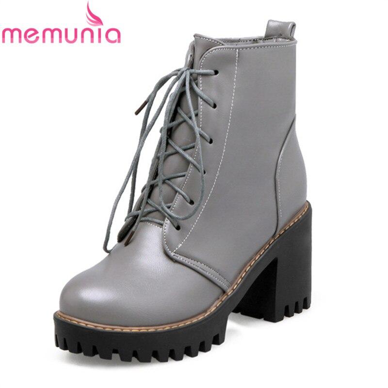 6d211b782986 Femme Chaude Épais Bottes gris Up Liée De Nouvelle Noir Talons Chaussures  Dentelle Hiver Rond Mode Femmes Vente 2018 ...