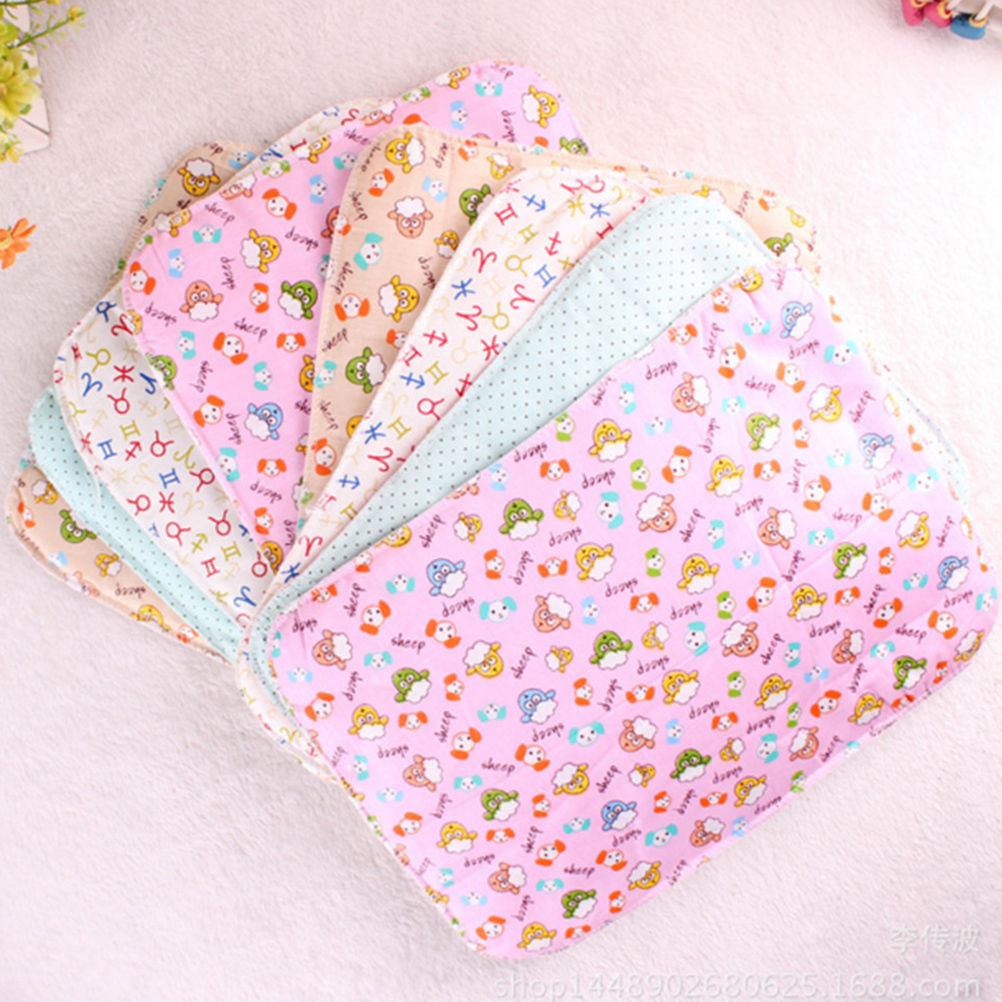 1Pcs Baby Infants Diaper Reusable Portable Washable Waterproof Urine Mat Cover Changing Pad Random Sently