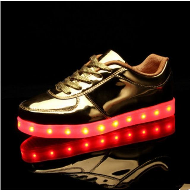 Visualizzza di più. Sneakers Eur 28-46  Ardore Luminoso Led Pantofole Scarpe  Tenis Krasovki Illuminato Sneakers 10972739cf8