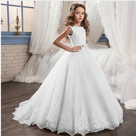 New First Communion Dresses for Girls O-neck Sleeveless Ball Gown Lace Appliques Flower Girl Dresses for WeddingsNew First Communion Dresses for Girls O-neck Sleeveless Ball Gown Lace Appliques Flower Girl Dresses for Weddings