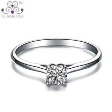 Bienes Plata 925 Classic 4 Cornamenta Garras Ajuste Blanco Crystal Imitado Diamante Anillos de Boda Para Las Mujeres Joyería de La Novia