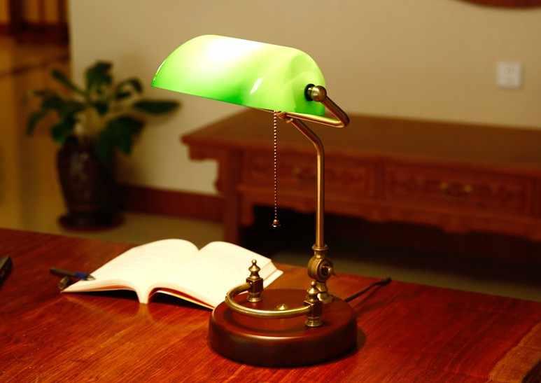 Bankers настольная лампа винтажный светильник для настольного освещения зеленый стеклянный оттенок покрытия Березовая деревянная база античный Регулируемый артикулатинговый шнур