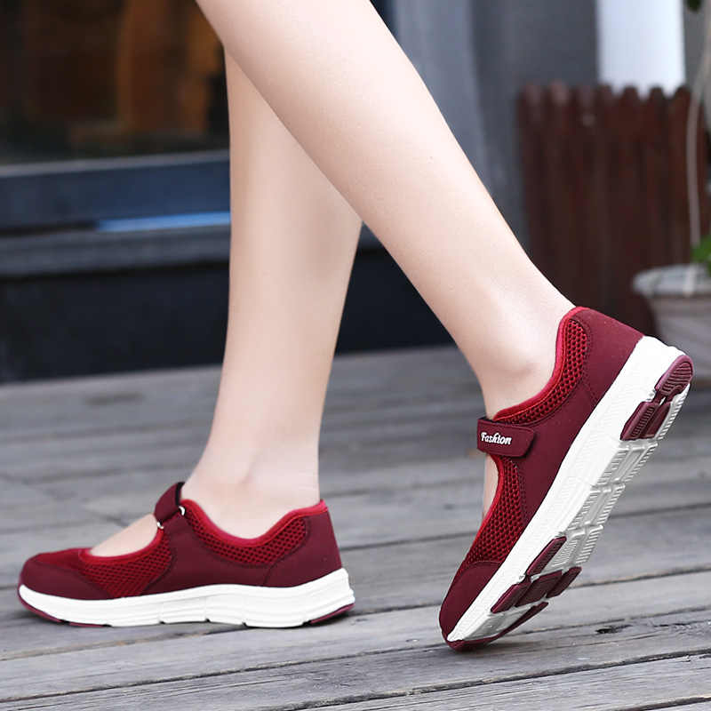 LEOCI Light Breathable Female Women Sneakers Year old Healthy Mesh Flats Antislip Mother Girls Waking Moccasins Ladies Running