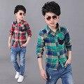 Moda xadrez de manga comprida vermelha e verde crianças blusa 2016 botão designer vestido camisas meninos roupas adolescente