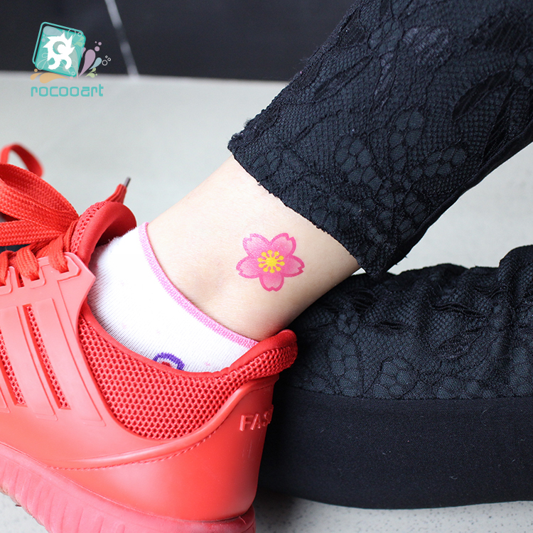 New Arrvial 2017 Fashional Pink Flower Small Tattoo Designs Waterproof Body Temporary Fake Tatoo Sticker Taty On Finger Ear Leg