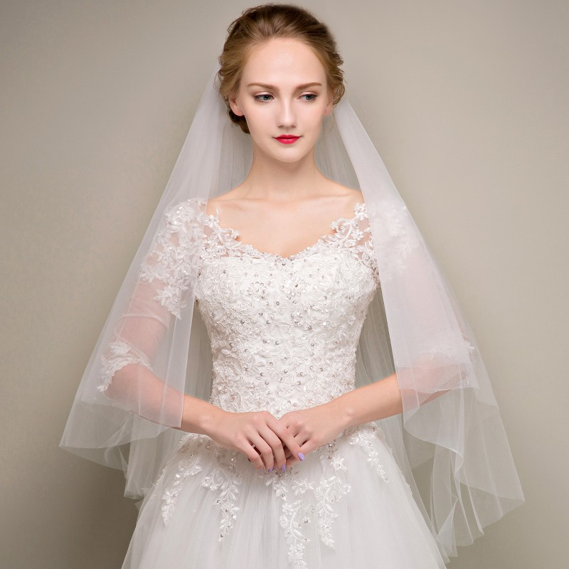 Free to send White/Ivory/Champagne Colour Two Layers Short Wedding Veils With Comb TS01456  girl