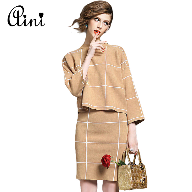 Women Winter Knitted Set Skirt and Knit Blouses Women Set Spring 2017 Plaid Fashion Women New 2 piece Set Skirt and Top 3 Colors