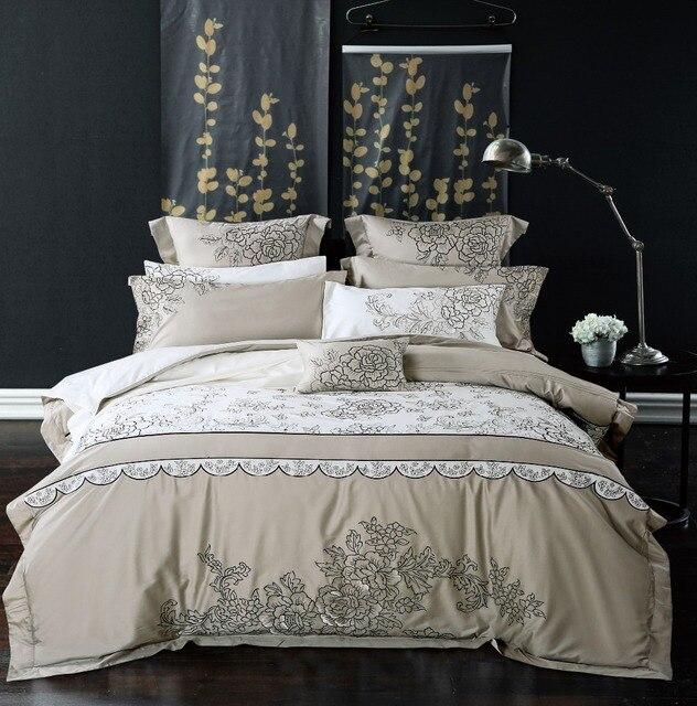 19df2f472a Casamento de luxo bordado escorregadio 4 6 pcs cama jogo de cama flores  colcha de