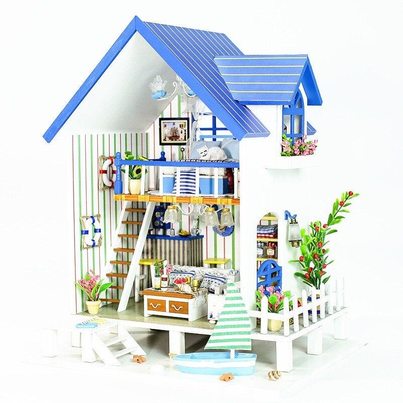 купить New iiecreate 13018 The Harbour Of Venice DIY Dollhouse With Furniture Light Music Cover Miniature House по цене 3189.76 рублей