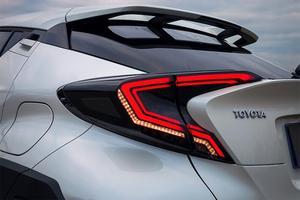 Image 5 - Pare chocs feu arrière pour 2017 2018 2019 année Toyota CHR C HR C HR feu arrière feu arrière DRL + frein + parc + feux de signalisation accessoires de voiture