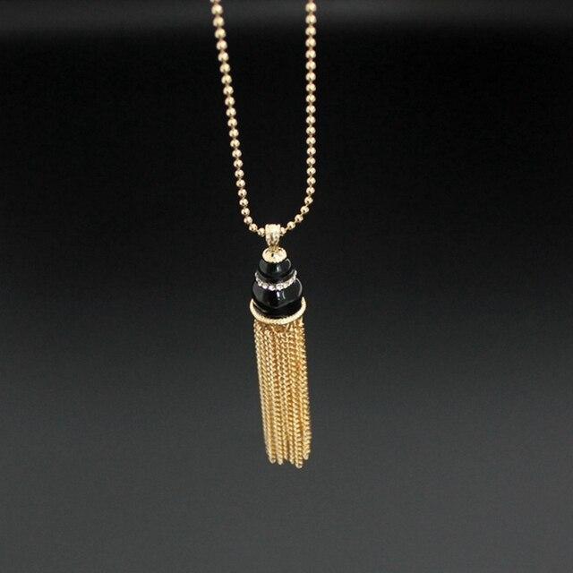 Chicvie Трендовое золотое ожерелье с кисточкой и кулонами длинное