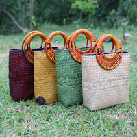 2019 Thai version of the handmade straw bag environmental protection handbag beach bag handbags fashion retro grass package