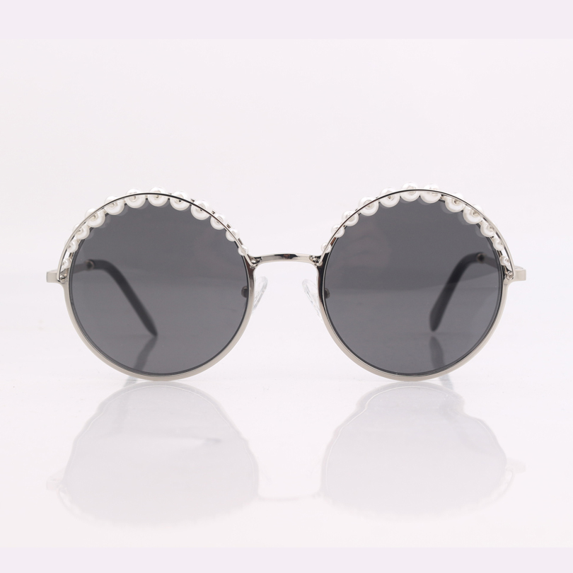 Image 2 - high quality round frame women sunglasses with pearls ,grey lens women sunglasses-in Women's Sunglasses from Apparel Accessories