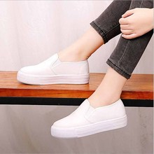 Fashion Women Vulcanized Shoes Sneakers Ladies Lace-up Casual Breathable Walking Canvas Graffiti Flat