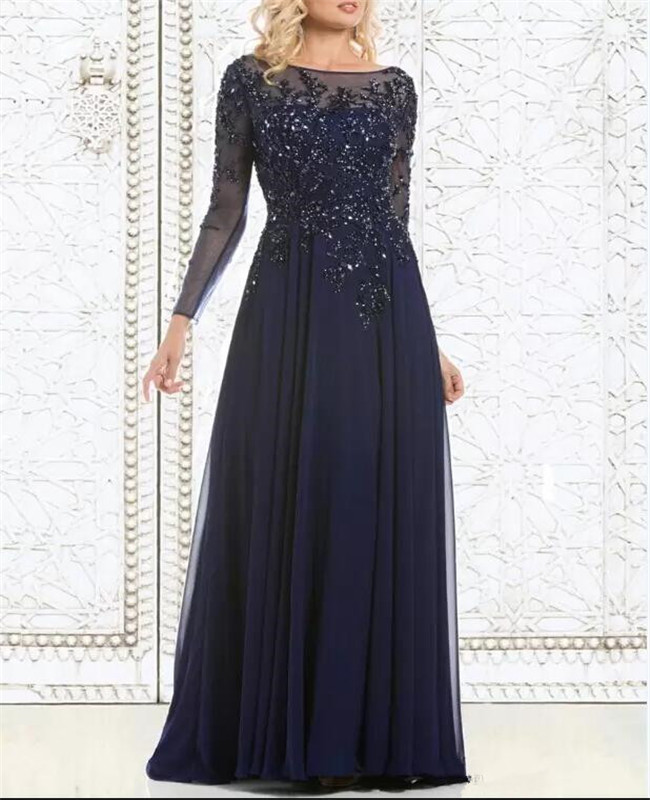 2019 Top Selling Elegant Navy Blue Mother of The Bride Dresses with Crystals Full Sleeves Sheer Neck Beautiful Evening Gowns
