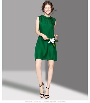 Vestido verde seda lazo trasero cuello redondo sin mangas