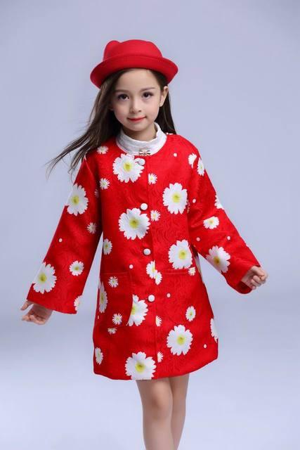 2016 Осенью Новый Пальто Девушки Дейзи Распечатать Красный Мода Длинным Рукавом Верхняя Одежда Траншеи Детская Одежда GT1632