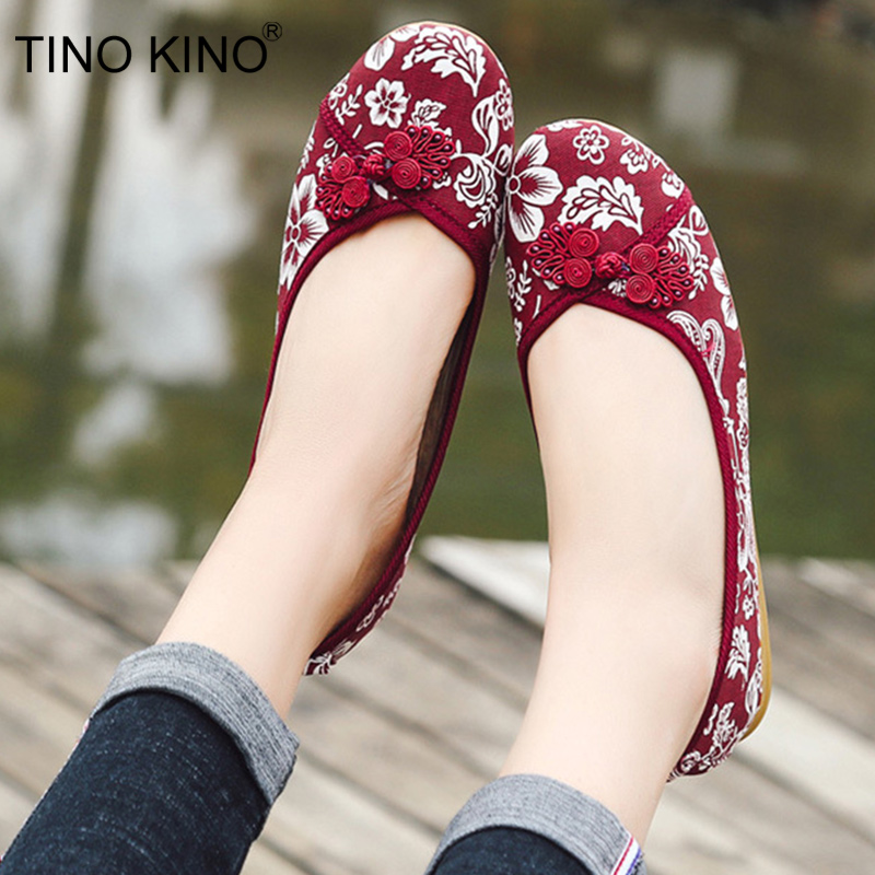 Women Ethnic Canvas Vintage Spring Flats Female Embroidery Buckle Loafers 2019 Slip On Casual Shoes Ladies Fashion FootwearWomen Ethnic Canvas Vintage Spring Flats Female Embroidery Buckle Loafers 2019 Slip On Casual Shoes Ladies Fashion Footwear