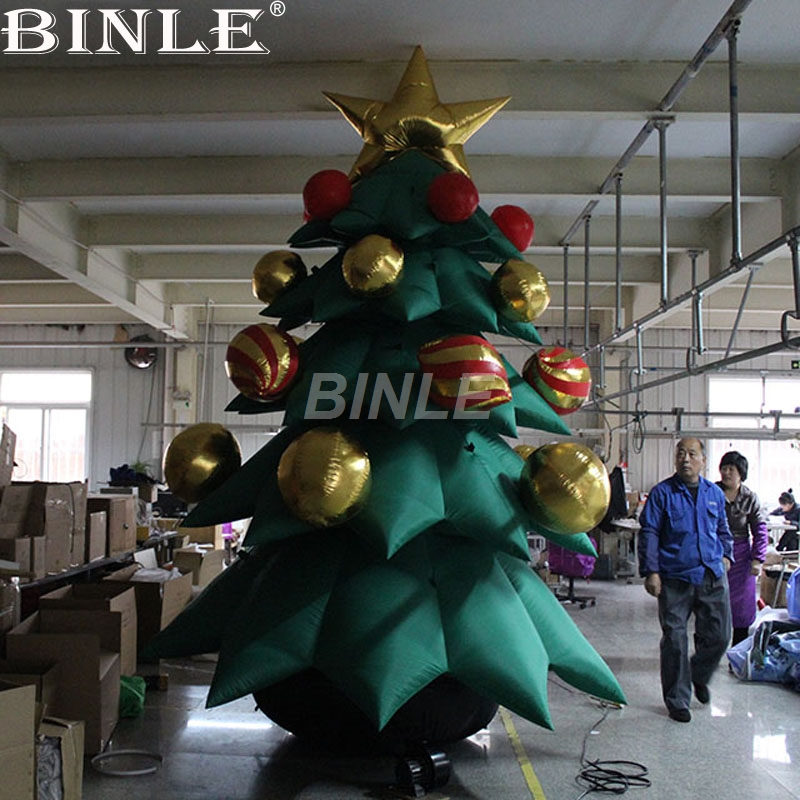 Hot selling snowing giant inflatable christmas tree with bells on for holiday decoration