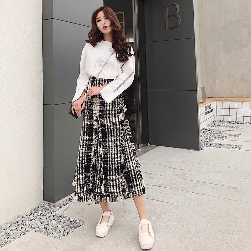 Image 2 - LONG SKIRTS WOMEN GIRL SKIRT 2018 show thin tweed grid show legs long qiu dong irregular knitted long restoring ancient ways-in Skirts from Women's Clothing