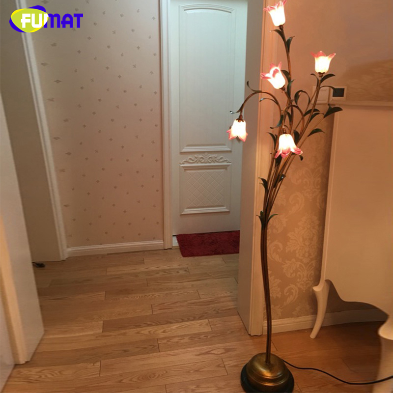 FUMAT Glass Floor Lamp Creative Living Room Bed Room Lily Shade Floor Lamp Vintage Glass Shade Art Decor LED Stand Floor Lamp fumat glass art floor lamp stained glass maple leave peacock baroque stand lampe living room hotel bar decor light fixtures