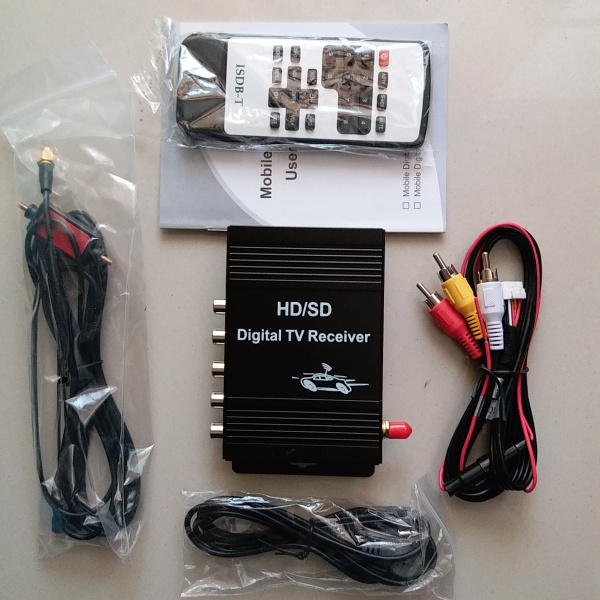 ISDB T Car Digital TV receiver 190km h Car ISDBT TV Tuner 4 video output For