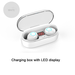 2018 New high quality  IPX5 Waterproof and sweat-proof wireless bluetooth5.0 TWS earphone with LED display Charging box