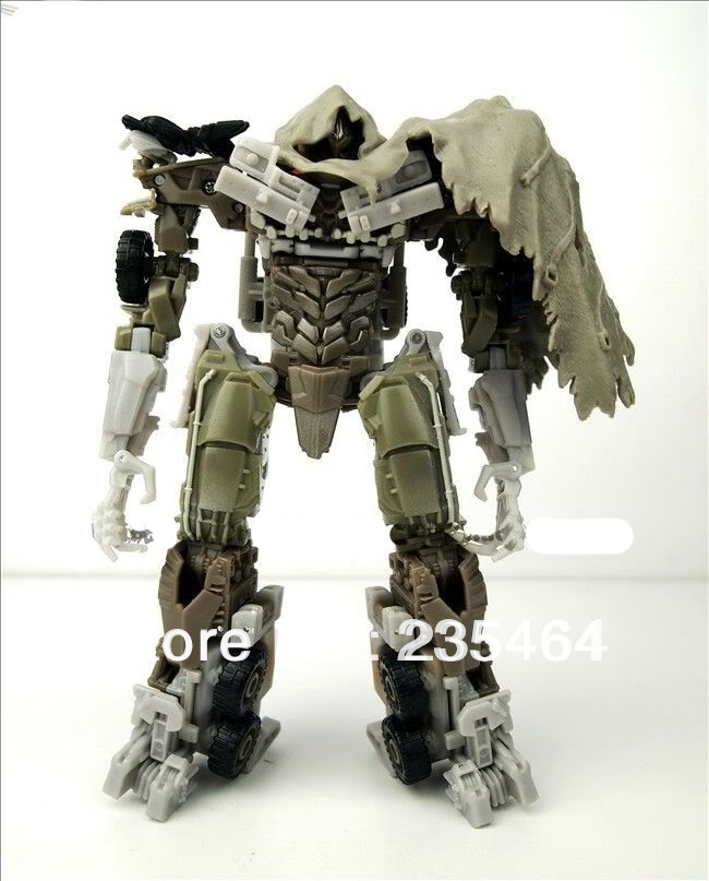 Dark Of The Moon Voyager Megatron Action Figure 17CM Toy New in Box