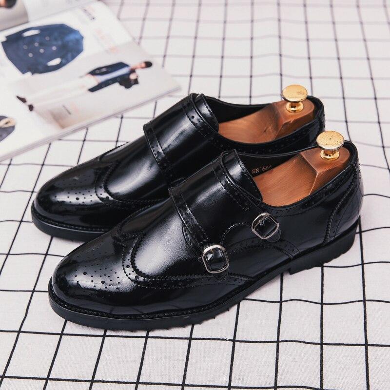 Di Larghe Vedute 2018 New Cool Scarpe Da Sera Di Business Nero Brogue Designer Uomo Scarpe Taglia 38-46 Maschile Di Lusso Scarpe Di Marca Non -antiscivolo Scarpe Di Moda