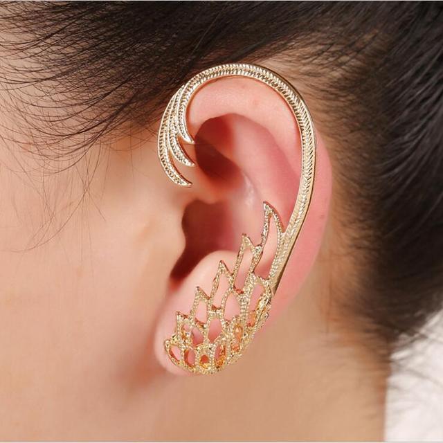 Women's Hollow Wing Ear Cuff