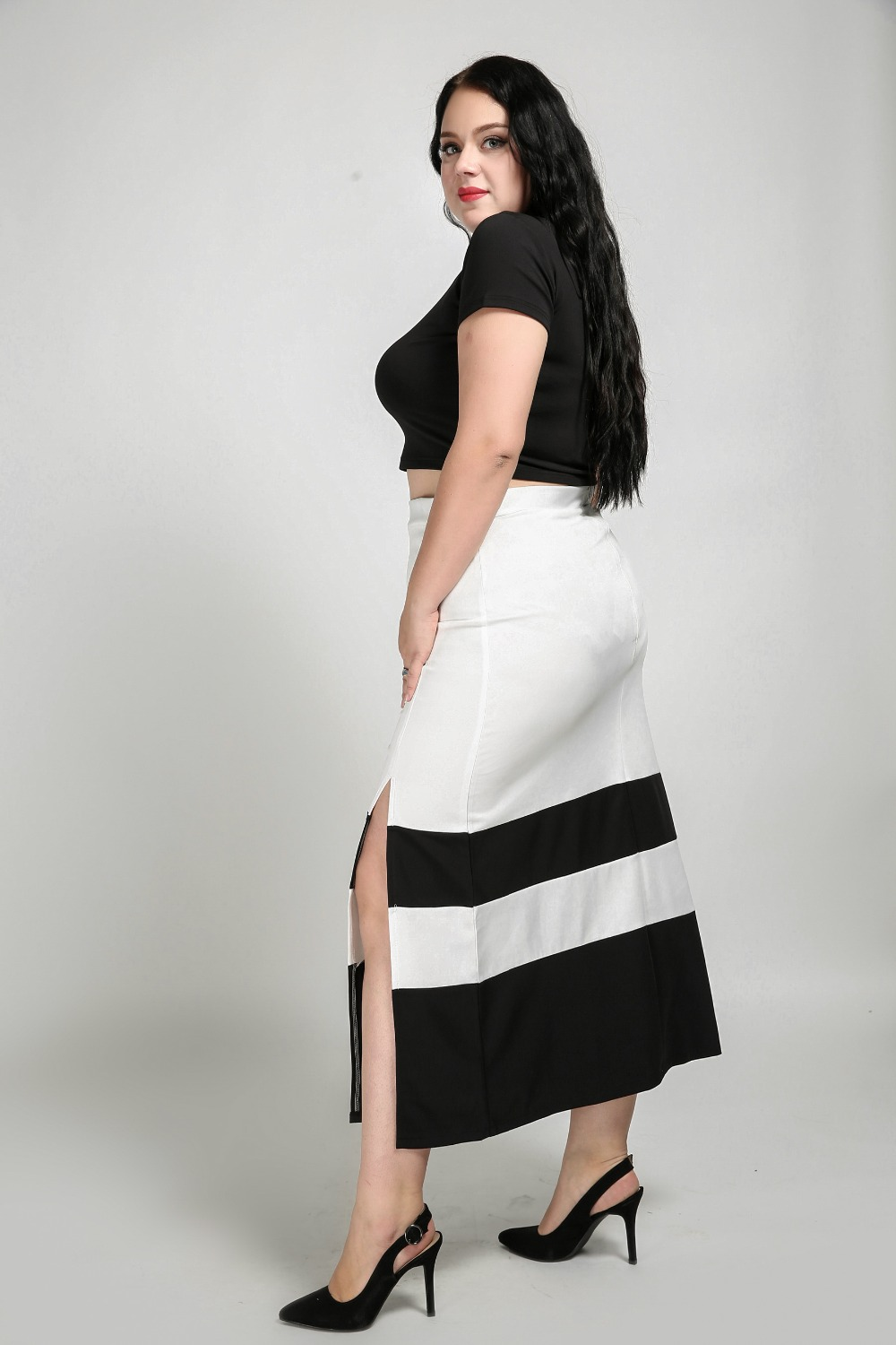 45605ef672f24 Women s Sexy High Waist Plus Size Maxi Skirt Black And White Patchwork Casual  Skirt With Slits Sides Autumn Winter Skirt-in Skirts from Women s Clothing  on ...