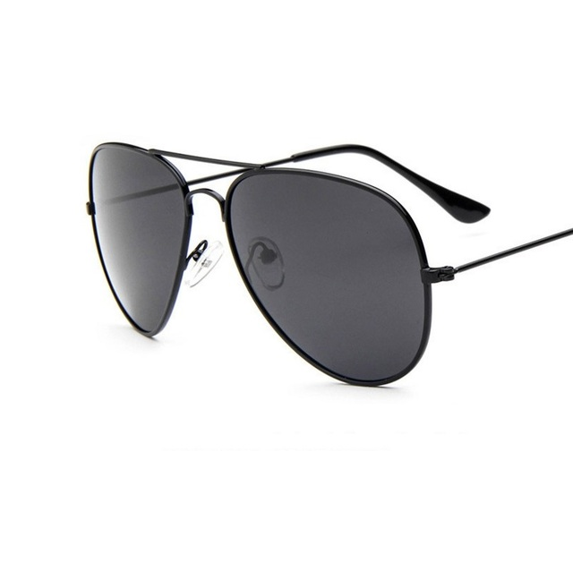 cd862d2fe2f3a 57-19-138 Clássico 3025 3026 caixa de luz polarizada motorista óculos  polarizados dos