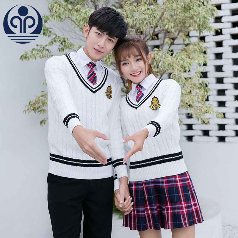 Students School Uniform Teenager Warm School Wear 4pcs Students Uniforms College Costume Sweater Pleated Plaid Skirt D-0605