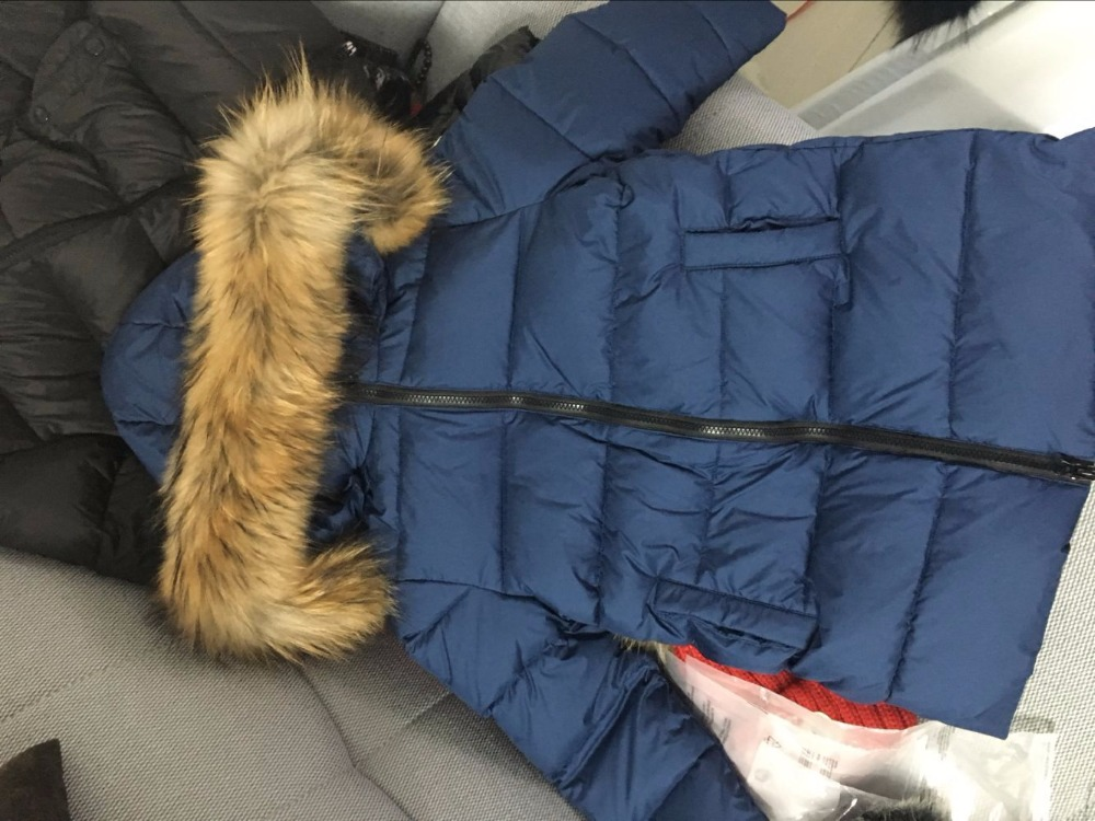 a-new-style-of-2017-winter-parks-for-girls-and-boys-with-the-nature-of-the-raccoon-fur-winter-jacket-for-girls-winte-5