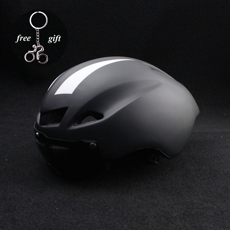 High Quality MTB Road Cycling Adult Helmet Women Men Ultralight Safety Bike Bicycle Helmet Protect 56-62cm Adjustable TT helmet home improvement pneumatic air 2 way quick fittings push connector tube hose plastic 4mm 6mm 8mm 10mm 12mm pneumatic parts page 2