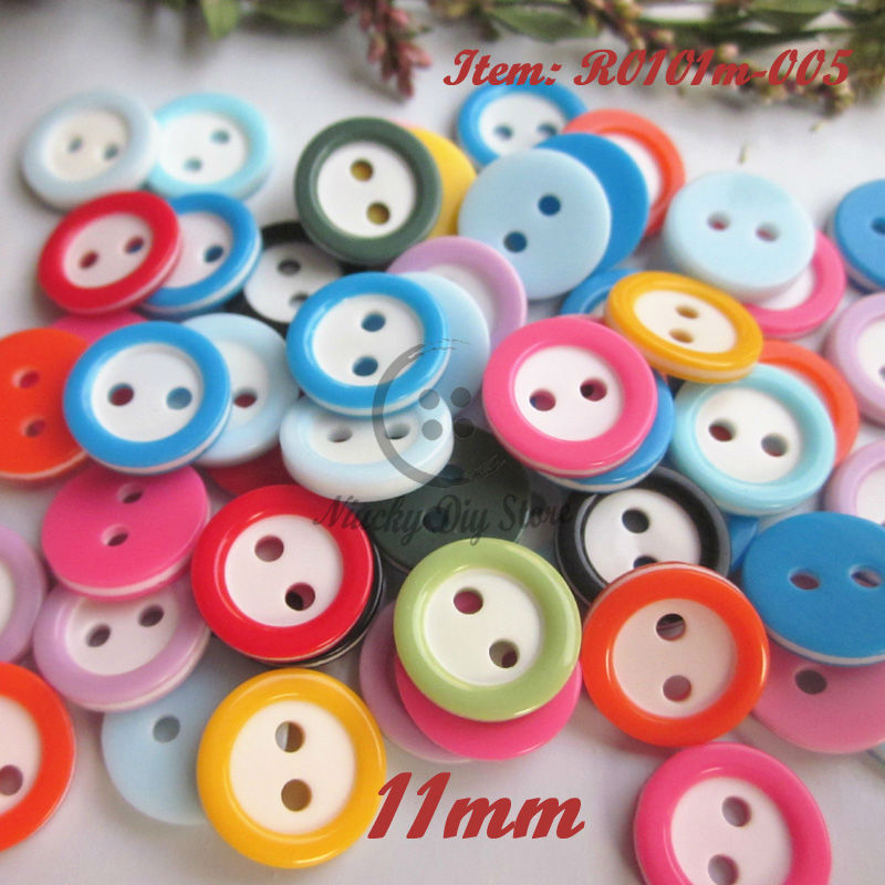 400 Pcs Mixed Sizes Resin Buttons Candy Color Square Love Flower Shape Sewing Buttons DIY Craft Supplies with Plastic Jar Container for Childrens Manual Button Painting and DIY Craft Decoration