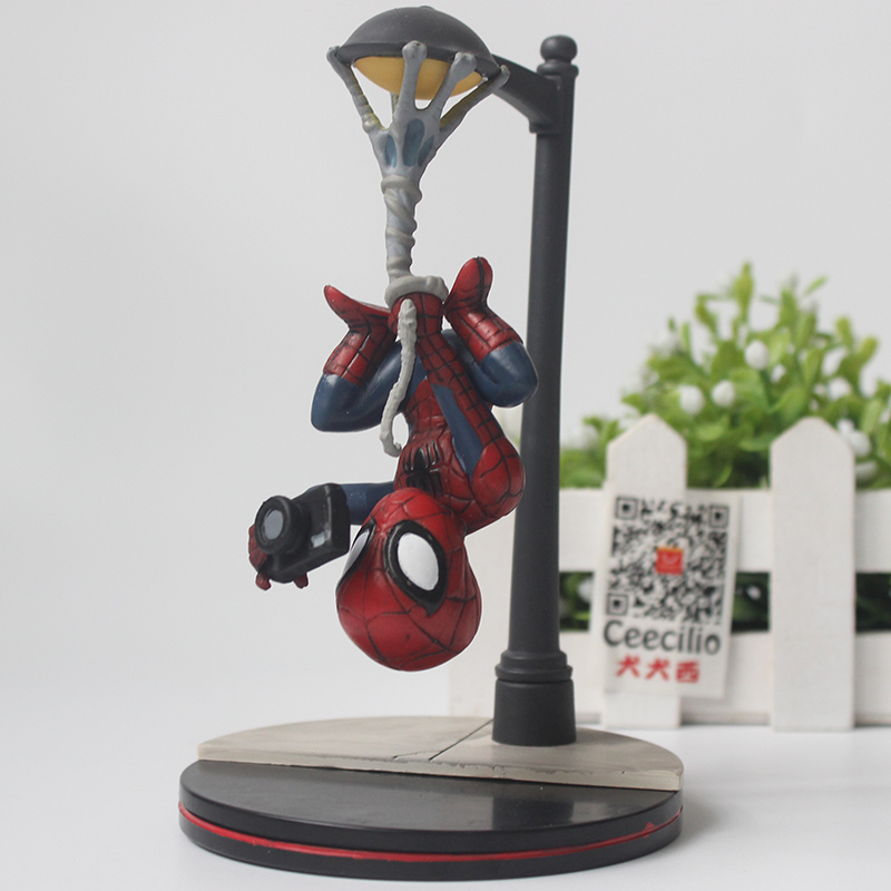 Comic The Amazing Spider-Man pvc <font><b>Action</b></font> Figure Spiderman Street light ver. Collection Toys