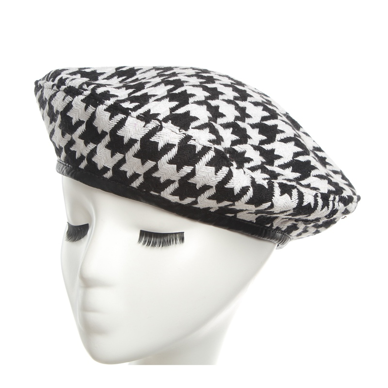 761971fe069 Berets hat for women Autumn Winter Fashion Black White Houndstooth lattice Berets  Hats British retro leisure Painter Hat-in Berets from Apparel Accessories  ...