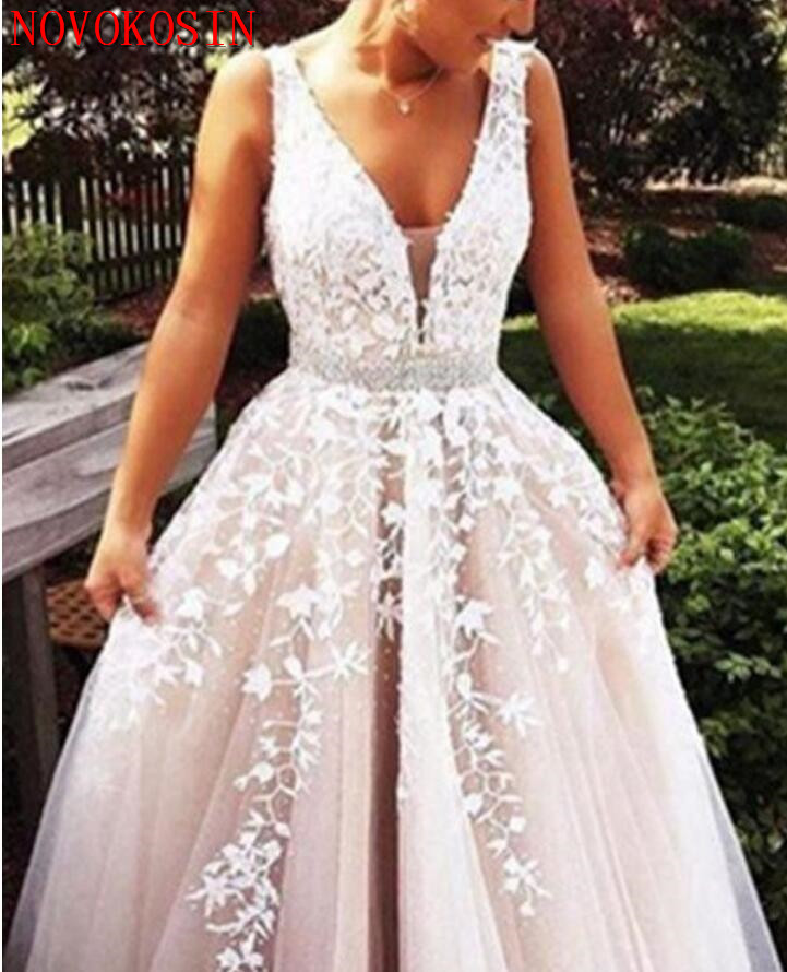 2019 Fashion Prom Dresses Slit Formal Dress Ivory Lace Prom Dress Sweep  Train Tulle Slit Evening 88a645a76ca9