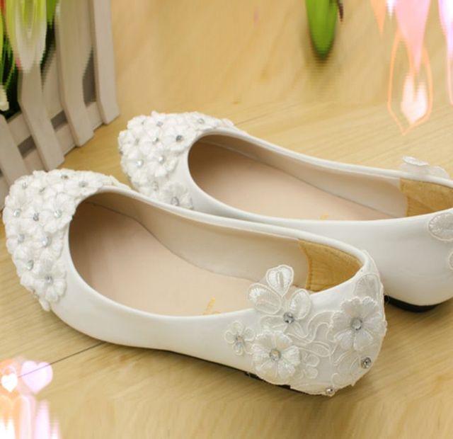 dde1a38ea55108 Grandes tailles 40 41 42 talon plat chaussures de mariage pour femme  dentelle fleurs strass fait