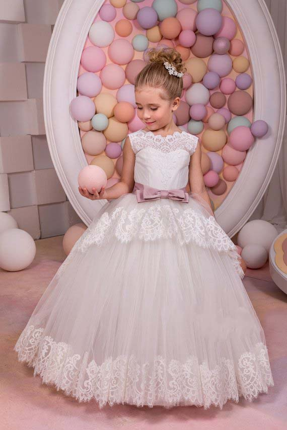 Gorgeous Ivory Lace V back Flower Girl Dress little princess special day Holiday Wedding Party gown for Bridesmaid with bow sash
