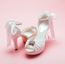 2016 Lovely  Bowtie Rhinestone Satin White Shoes Bridal Wedding Shoes Dreamy Peep Toe High HeelsProm Gown Dress Shoes