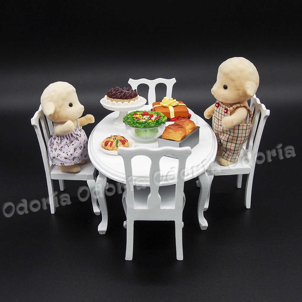 Odoria 1:12 Miniature Wooden White Dining Table and 4 Chairs Kitchen Furniture Set Dollhouse Accessories