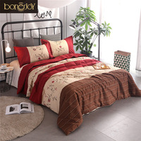 Bonenjoy Queen Size Bedspread Plaid And Striped Duvet Flower Quilted Filling Comforter Sets With Pillow Cover