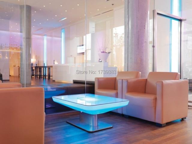 h46 led leuchtet m bel esstisch f r 4 personen studio led f hrte couchtisch f r bar treffen. Black Bedroom Furniture Sets. Home Design Ideas