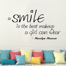 A Smile Is the Best Makeup a Girl Can Wear Marilyn Monroe Quote Wall Decal Vinyl Sticker Girls room Decor Mural Removable 3077