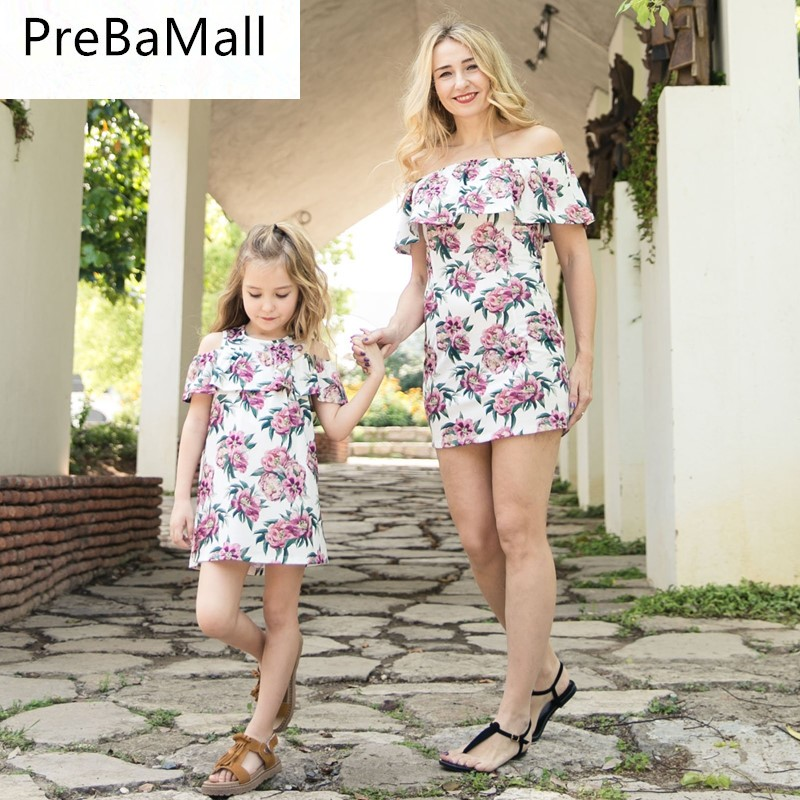 1ca403effd2c2 Hot Sale Fashion Summer Dresses for Mother Daughter Floral Family Matching  Mommy and Me Clothes Outfits Kids Girls Dress C66